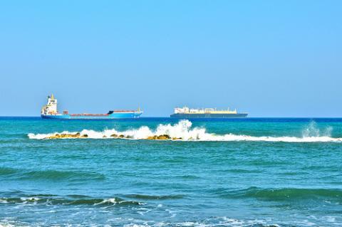 limassol-playa.jpg